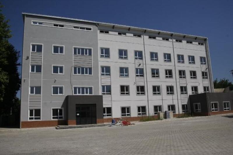 Orhangazi'de yapımına başlanan 2 okul binası tamamlandı