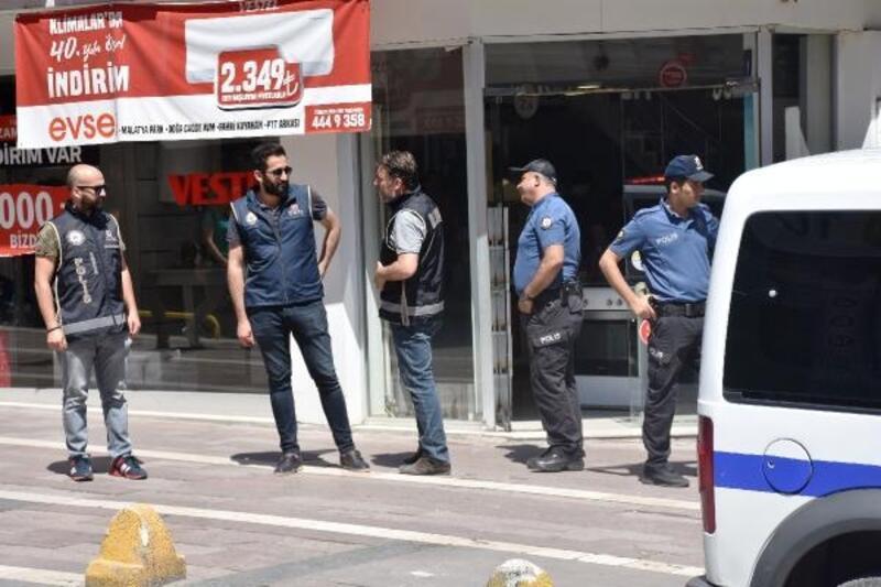 Malatya'da FETÖ operasyonu: 8 gözaltı