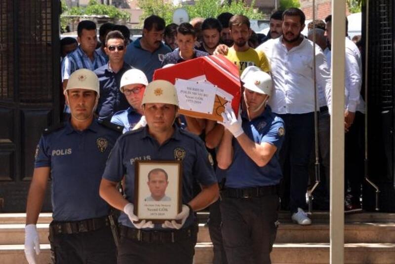 Kazada ölen polis memuru, toprağa verildi
