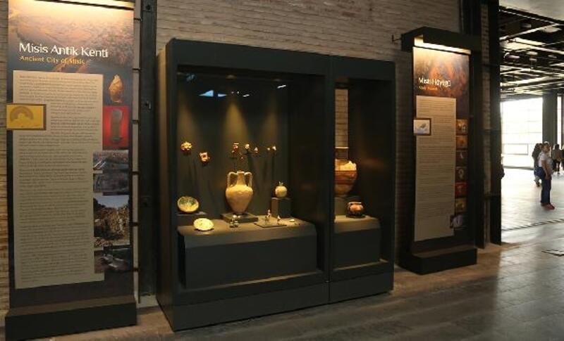 Misis kazılarında çıkan tarihi eserler Adana Müzesi'nde sergileniyor