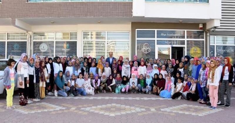 Konya Büyükşehir Belediye Başkanı, Bilgehane'de öğrencilerle buluştu