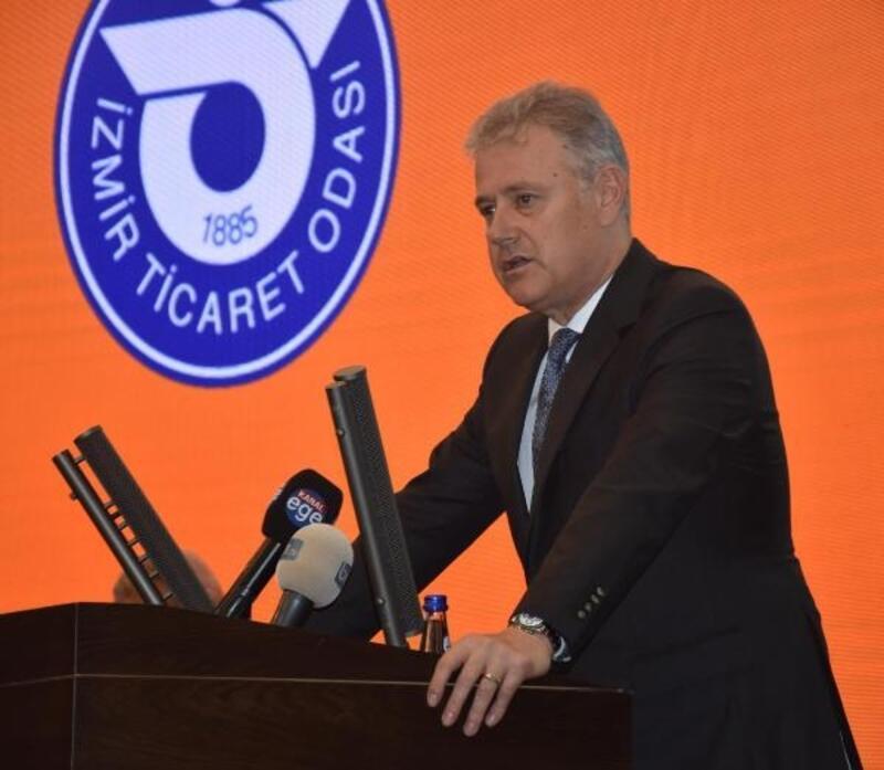 Özgener'den İzmir'e kongre merkezi talebi