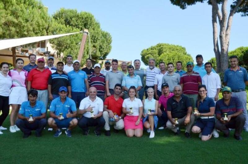 Golf çalışanları turnuvada mücadele etti