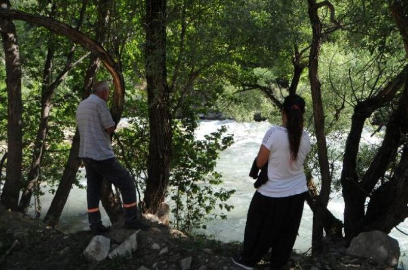 Munzur Nehri'ne düşüp, kaybolan çoban 13 gündür aranıyor