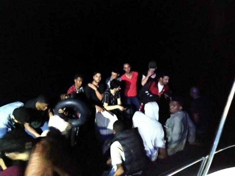 Bodrum'da lastik botlarda 51 kaçak göçmen yakalandı