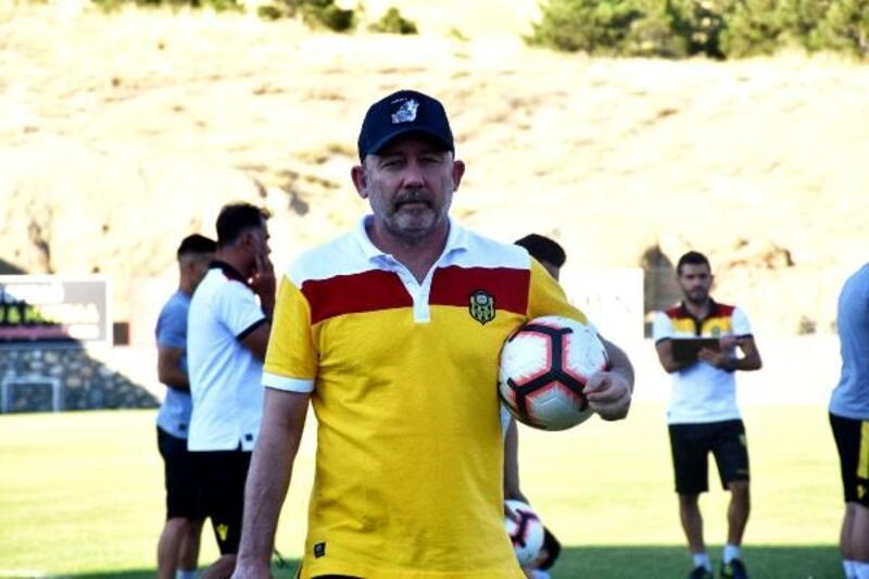 Sergen Yalçın: Transferlerin 2-3 tanesi yerli oyuncu olacak