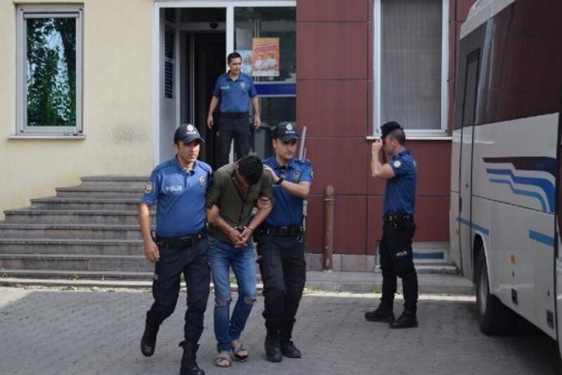 Çanakkale'de uyuşturucu ticaretine 12 gözaltı