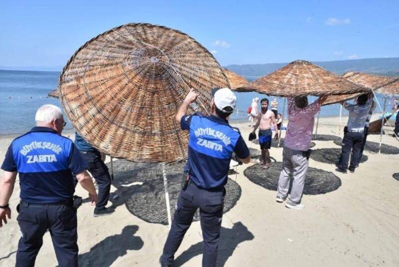 Bursa'da zabıta sahil işgaline izin vermiyor