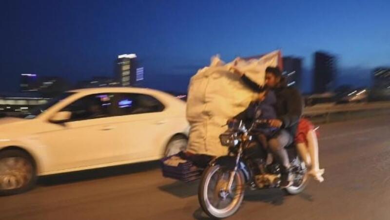 Kartal'da motosiklet üzerinde tehlikeli yolculuk