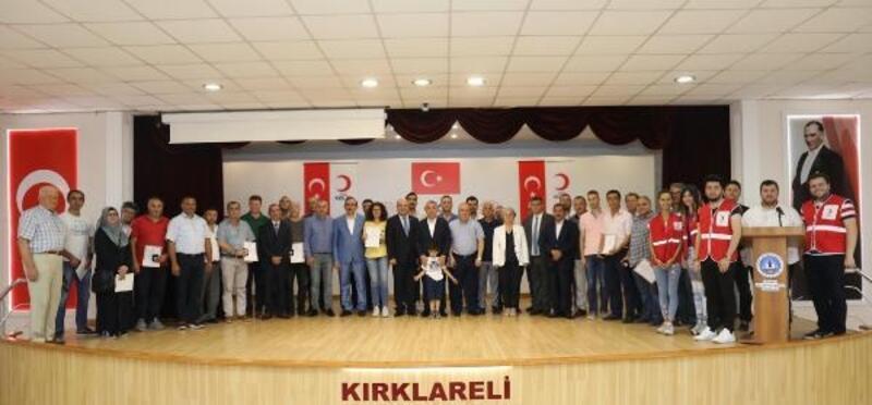 Kırklareli'de kan bağışçılarına madalya