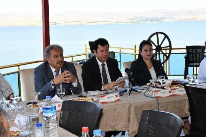 Ankara Vali Yardımcısı Erkılıç, Şereflikoçhisarlı çiftçileri dinledi