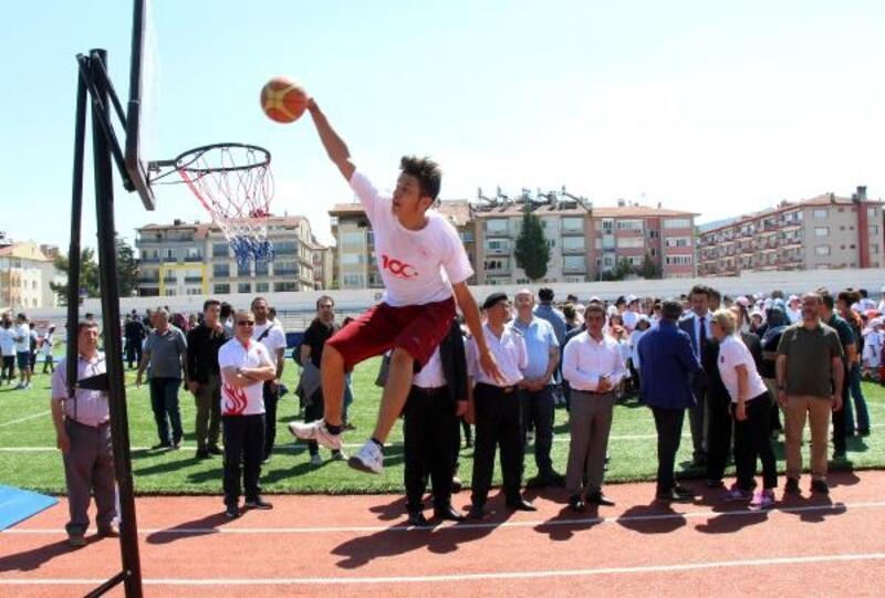 Burdur'da Yaz Spor Okulları açıldı