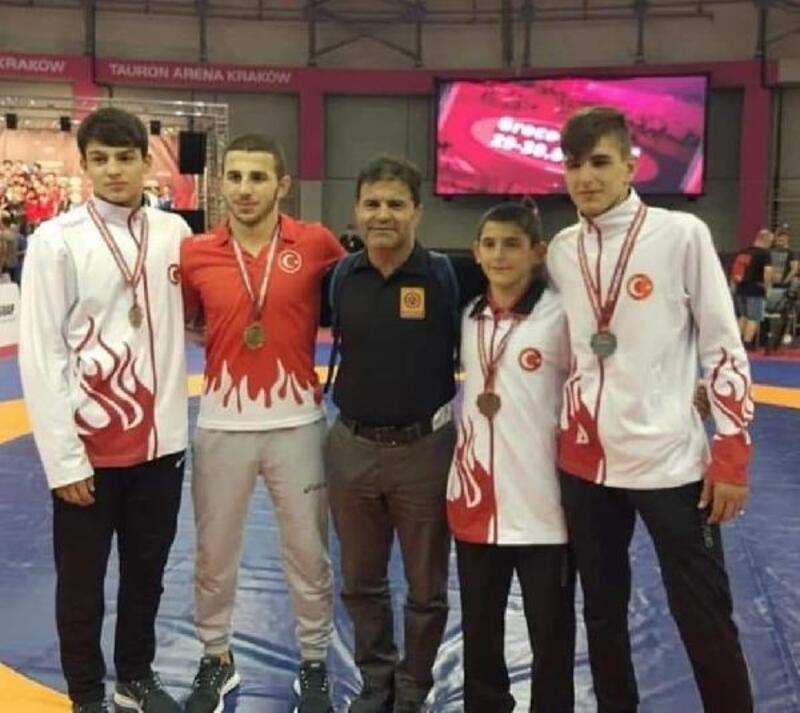 U15 Avrupa Serbest Güreş Şampiyonası'nda 4 madalya