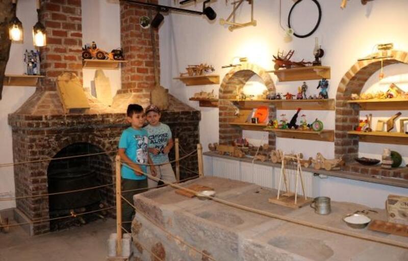 Eski çamaşırlık oyuncak müzesi oldu