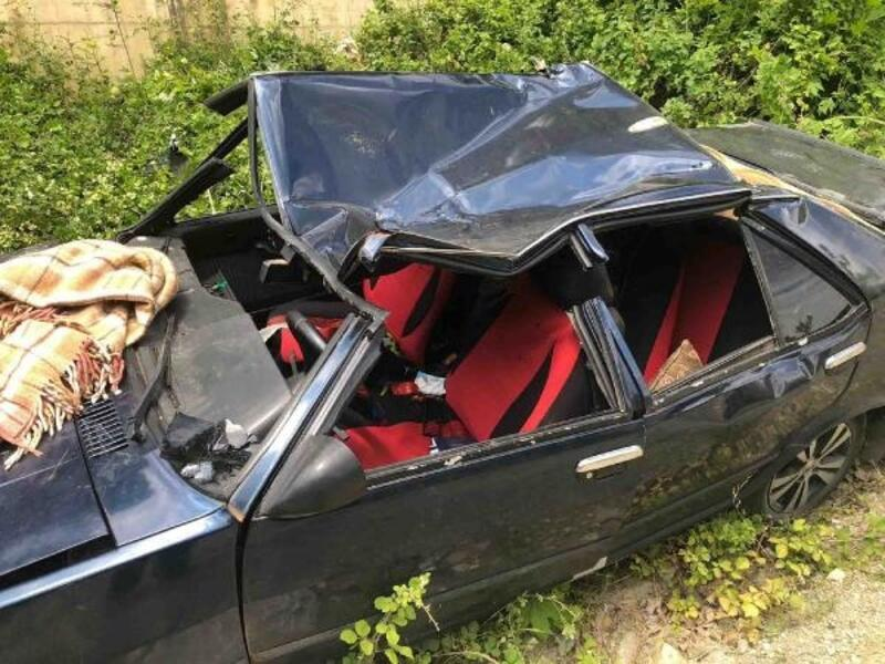 Otomobiliyle alt yola düşen sürücü ağır yaralandı