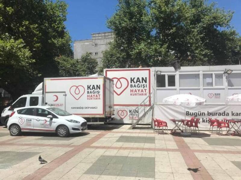 Kızılay TIR'ı Eren için kök hücre ve kan bağışı kampanyası başlattı