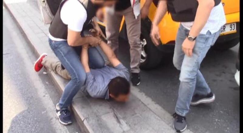 Turistleri dolandırdığı iddia edilen taksiciler adliyeye sevk edildi