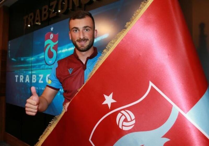 Trabzonspor'da Andjusic için imza töreni düzenlendi