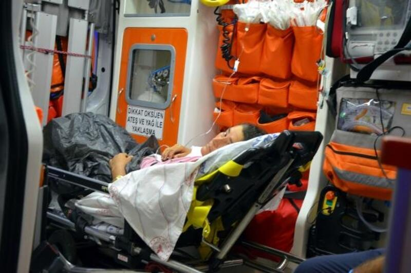 Manavgat'ta zehirlenme belirtisi görülen 4 kişi hastaneye kaldırıldı
