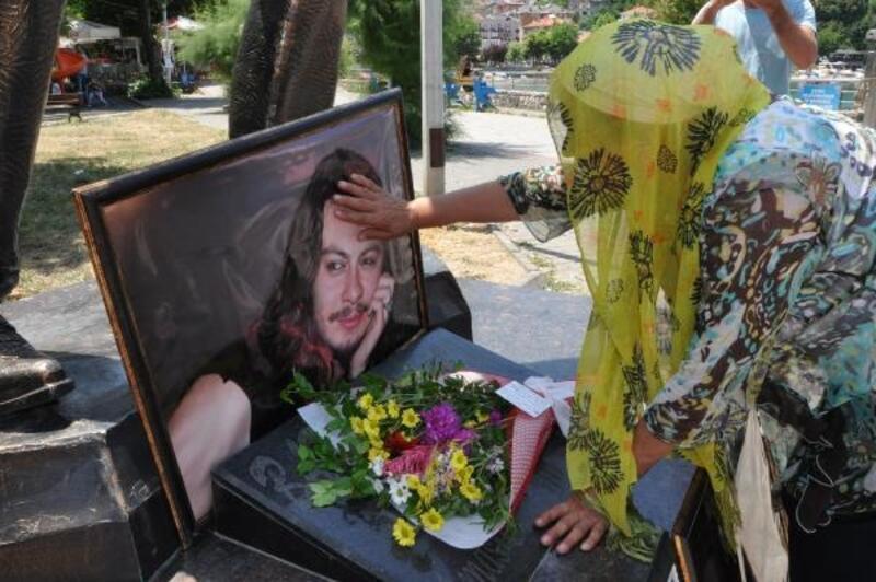 Barış Akarsu, ölümünün 12'nci yılında anıldı