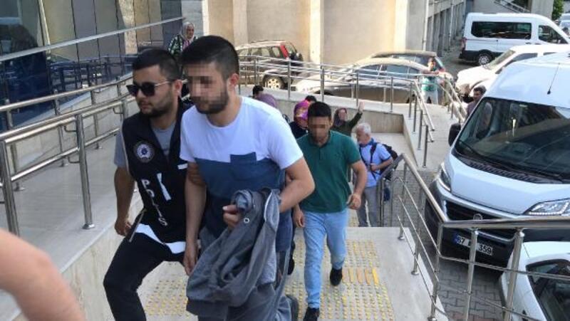 Zonguldak'ta 8 FETÖ şüphelisi adliyede