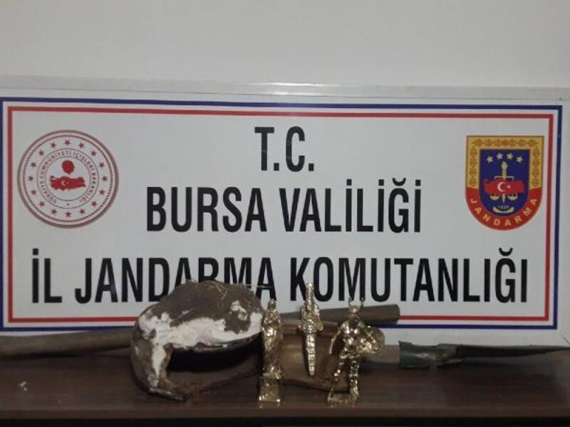 Bursa'da kaçak kazı yapan 3 kişi suçüstü yakalandı