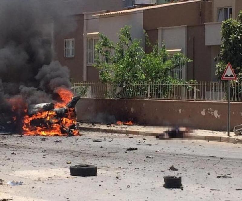 Reyhanlı'da bomba yüklü otomobilde ölen Suriyelilerin örgüt bağlantısı araştırılıyor