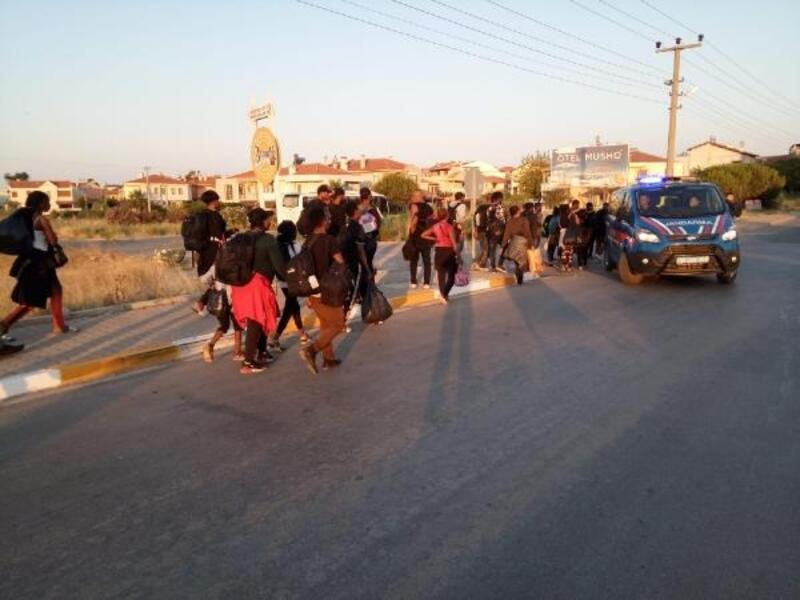 Ayvalık'ta 50kaçak göçmen yakalandı