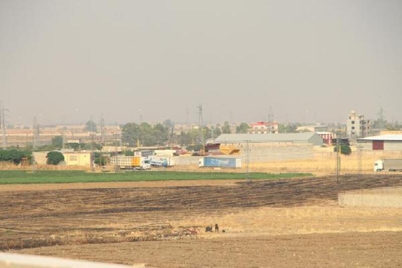 Irak yönünden Suriye'ye gelen ABD konvoyu, gündüz görüntülendi