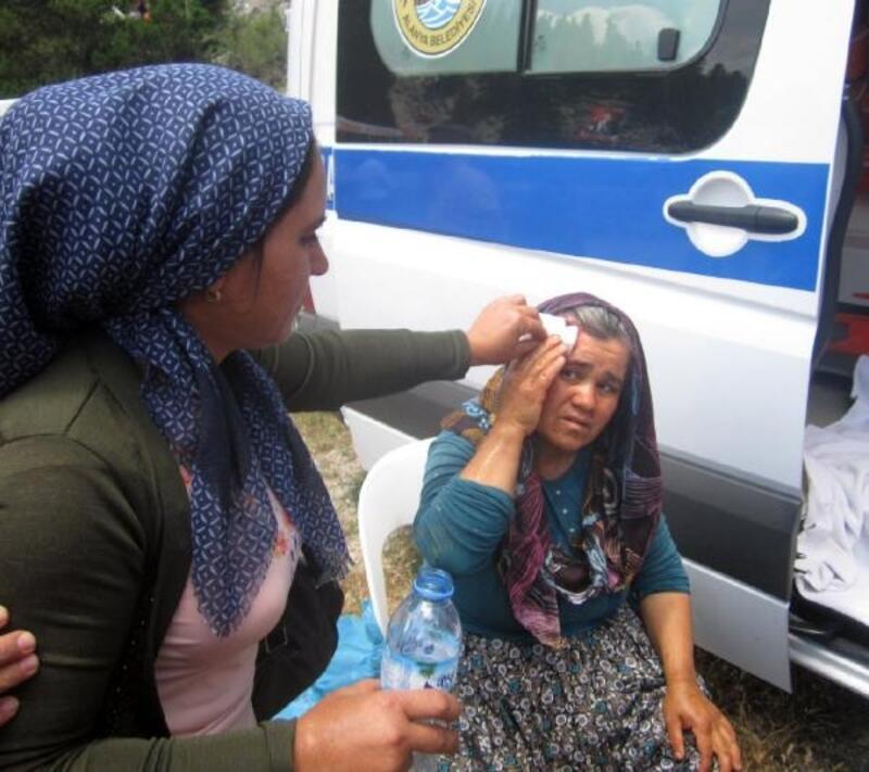 Hortum, şenlik alanındaki çadırları devirdi: 6 yaralı