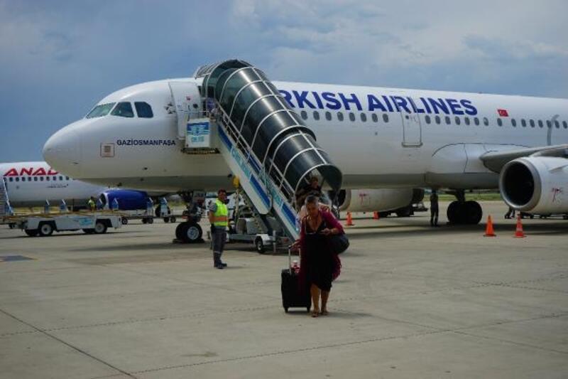Koca Seyit Havalimanı'nda yolcu sayısı, 6 ayda yüzde 31azaldı