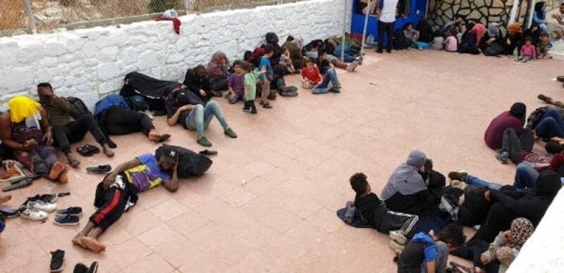 Çeşme'de, 241 kaçak yakalandı