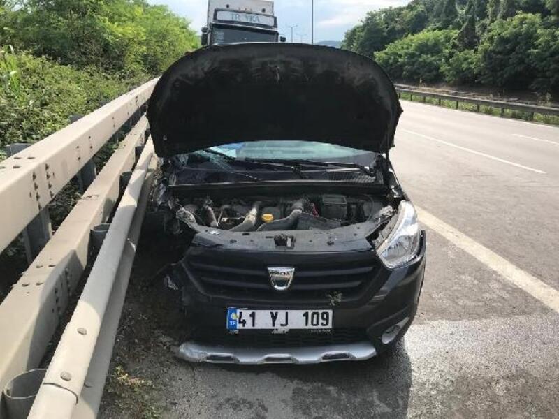 TIR ile otomobil çarpıştı: 6 yaralı