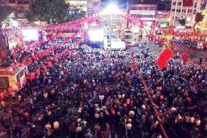 Malatya'da 15 Temmuz'un 3'üncü yıl dönümü etkinliklerle anıldı