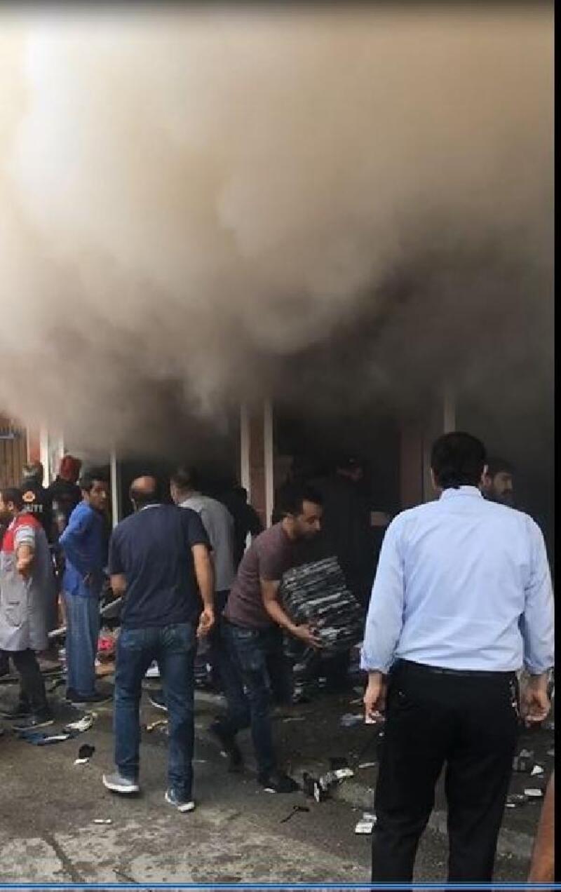 Çorum'da tekstil mağazasında yangın