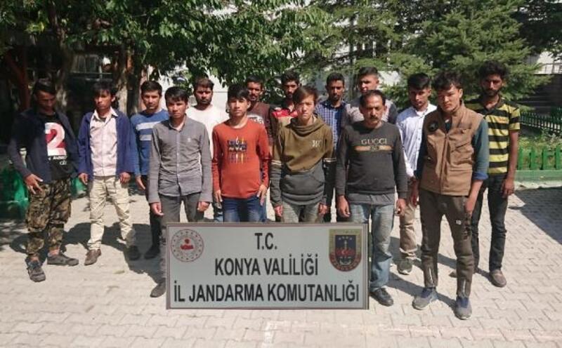 Konya'da yakalanan 15 kaçak göçmene 53 bin lira ceza