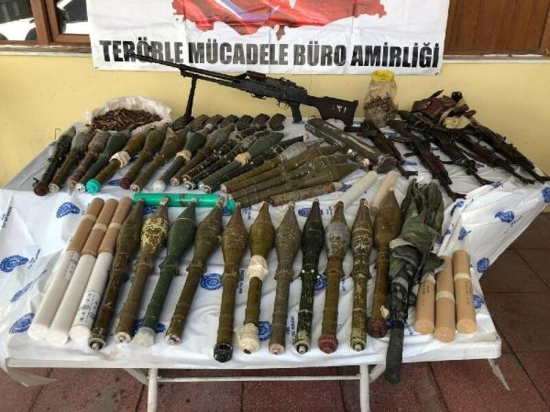 Şemdinli'de PKK'nın silah ve mühimmatı ele geçirildi