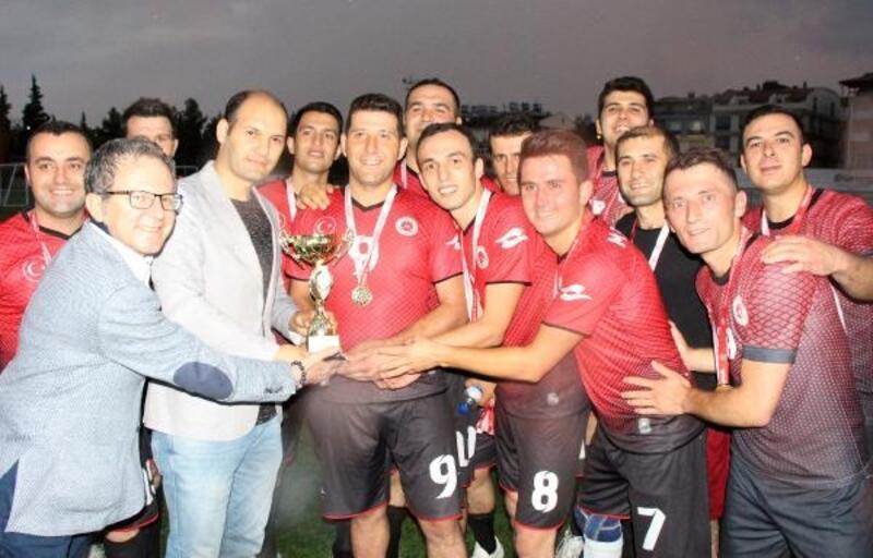 Burdur'da kurumlar arası futbol turnuvası yapıldı