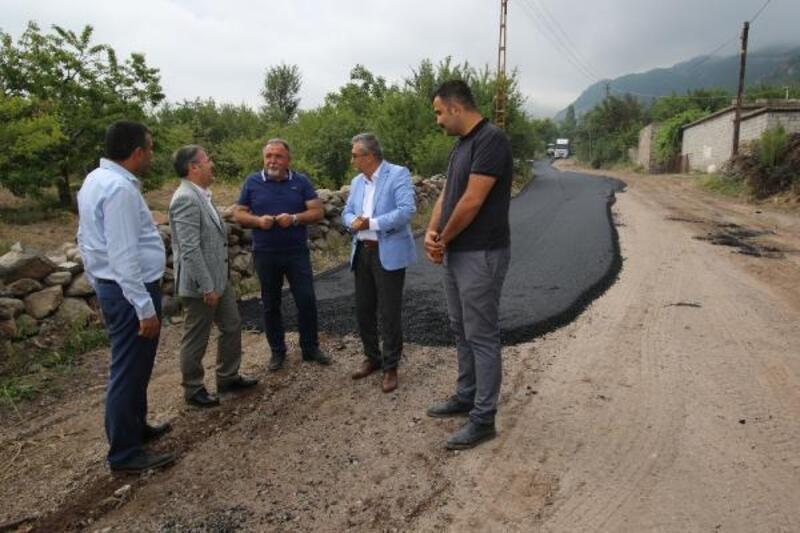 Hacılar'da asfalt çalışmaları devam ediyor