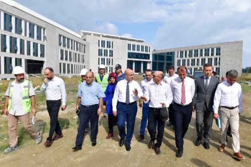 Vali Demirtaş: Ceyhan Devlet Hastanesi kısa sürede tamamlanacak