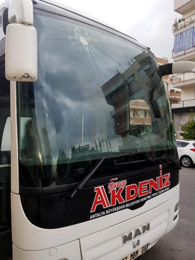 Yolcu otobüsüne taş atan şüpheliler yakalandı