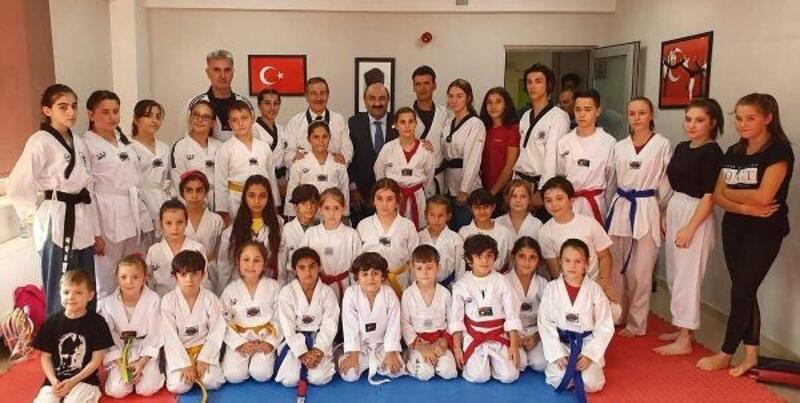 Başkan Ataç, tekvandocular ile buluştu