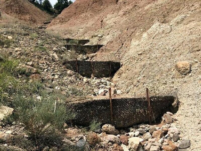 Erozyon önleme setleri toprakla doldu