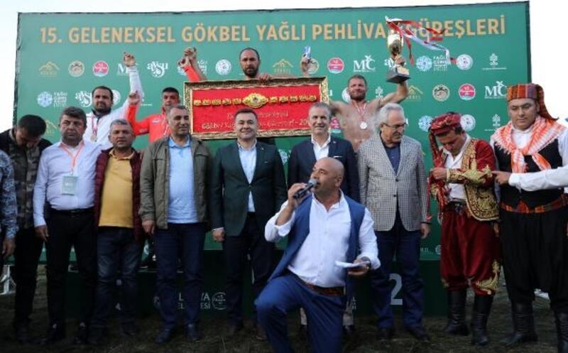 Alanya güreşlerinde başpehlivan Ali Gürbüz