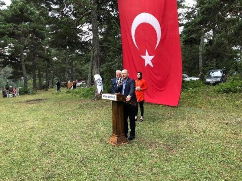 Başkan Özcan: Tüm renklerimizle büyük bir aileyiz