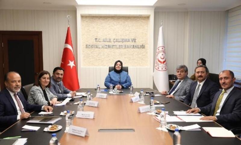 AK Parti'li Aksal: Roman açılımı, sorunların çözümünde tarihi adım