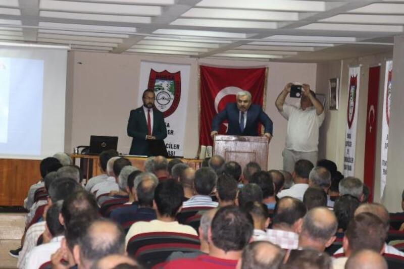"""Bursa'da taksi ve dolmuş şoförlerine """"iletişim"""" eğitimi"""