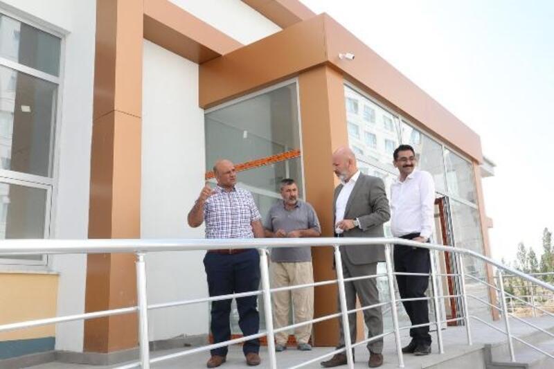 Başkan Çolakbayrakdar, Aile Sağlığı Merkezi inşaatlarını inceledi