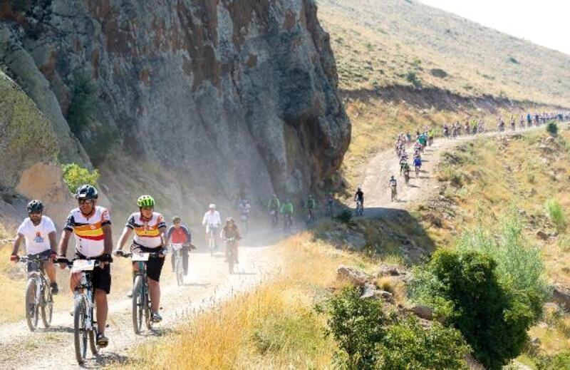 Erciyes, 40 ilden gelecek 300 bisikletçiyi ağırlayacak