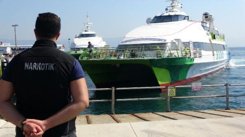 Bursa'da,deniz otobüsü terminallerinden uyuşturucu uygulaması